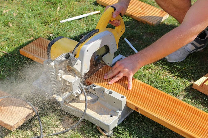 difference between chop saw and miter saw